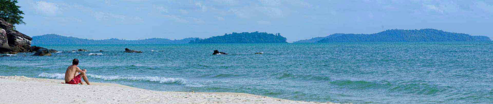 "The Century Beach Package<p><i>A Private Tour to Sihanoukville, price from 62US$</i><p><a class=""btn btn-danger rounded"" href=""http://www.tourismcambodia.com/tours/cambodia/beach-break-holidays/76/the-century-beach-package.htm"">VIEW DETAILS</a></p>"