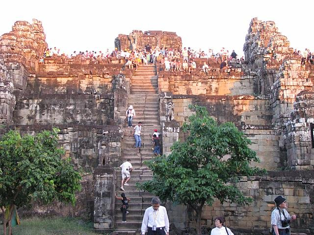 Discover Magical Temple City of Angkor Wat