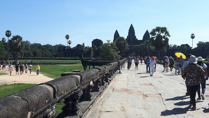 Siem Reap-Sihanoukville-Siem Reap