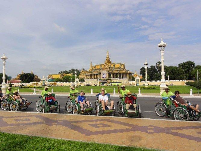 Phnom Penh Free & Easy Package