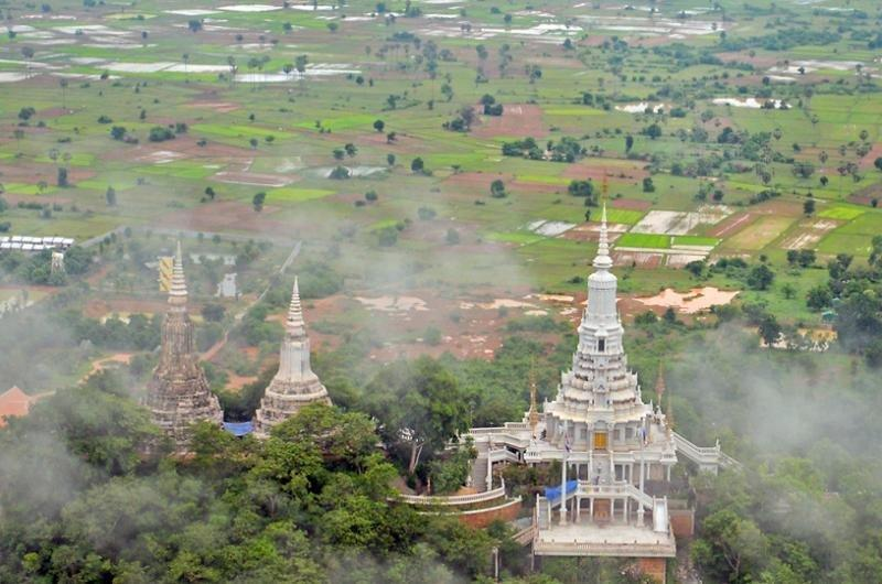 Phnom Praset - Ou Dong Full Day Tour