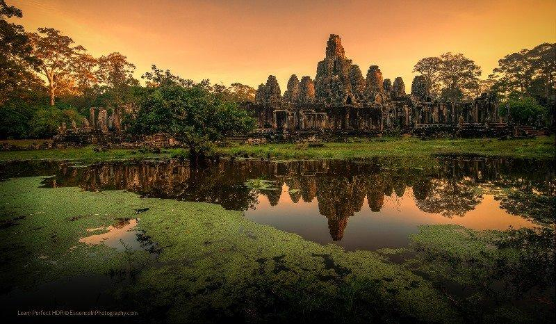Angkor Weekend Tour