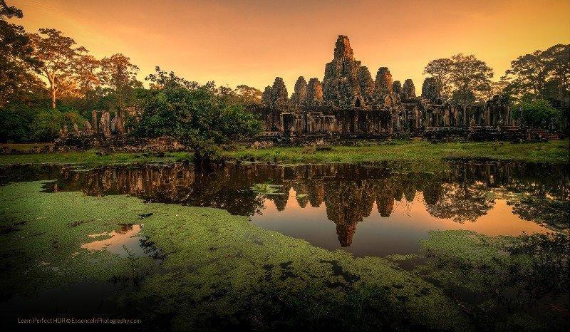 Angkor Weekend Tour