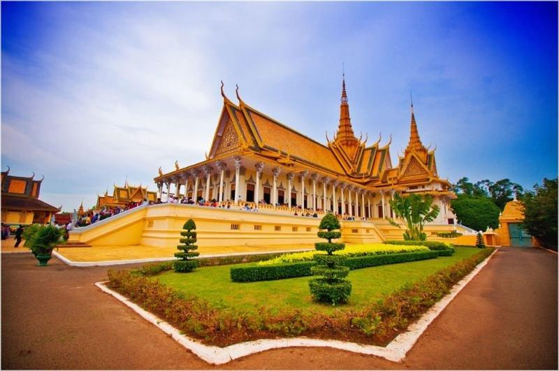Phnom Penh - Siem Reap Package Tours